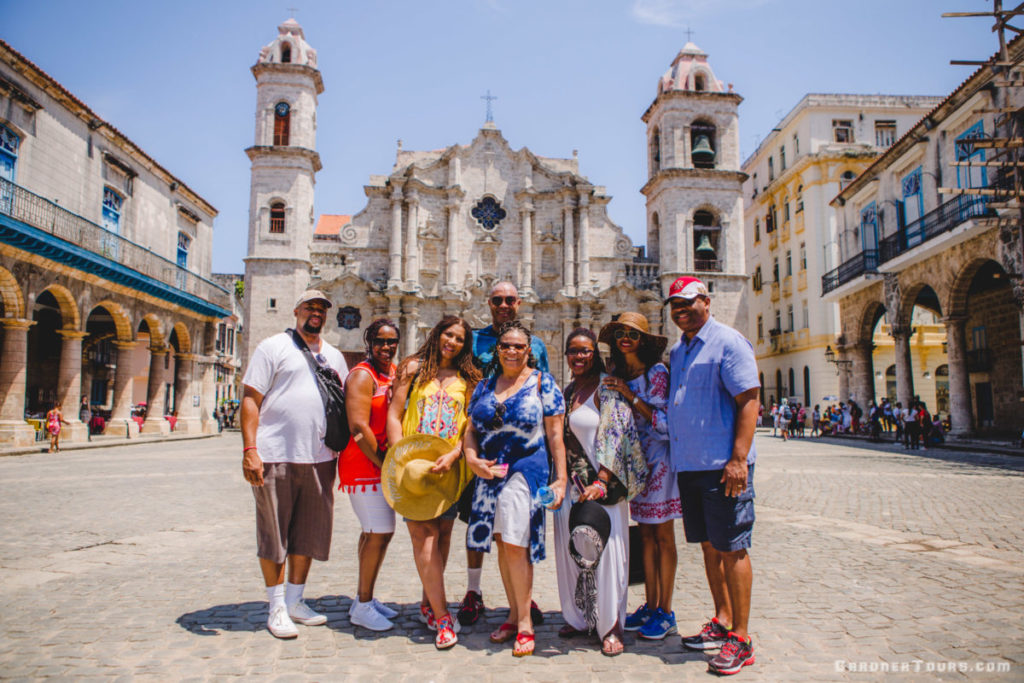 Top 15 Tips for Traveling to Cuba – Havana Day Tour